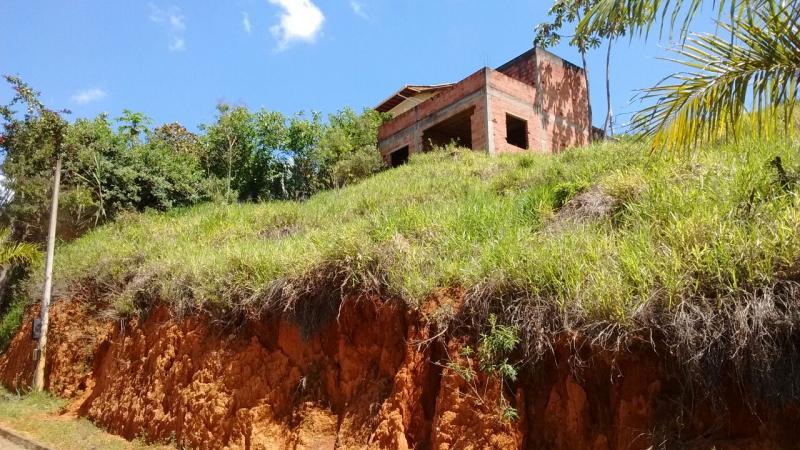 Venda De Terreno Em Conservatória Em Distrito De Valença-RJ